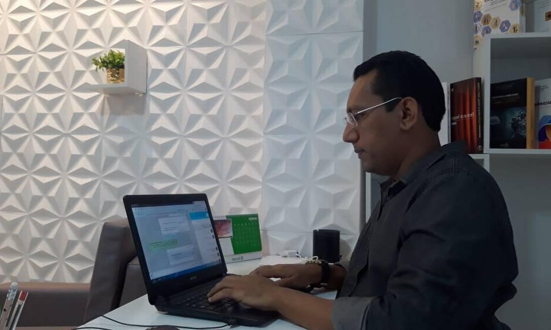 O psicólogo Everton Procópio criou um plantão online em um grupo de WhatsApp na Paraíba Foto: Divulgação