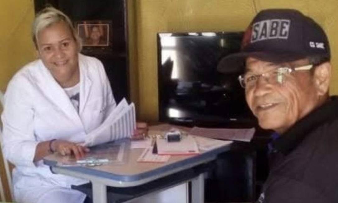 Médica Kira Hernández em atendimento domiciliar Foto: Reprodução
