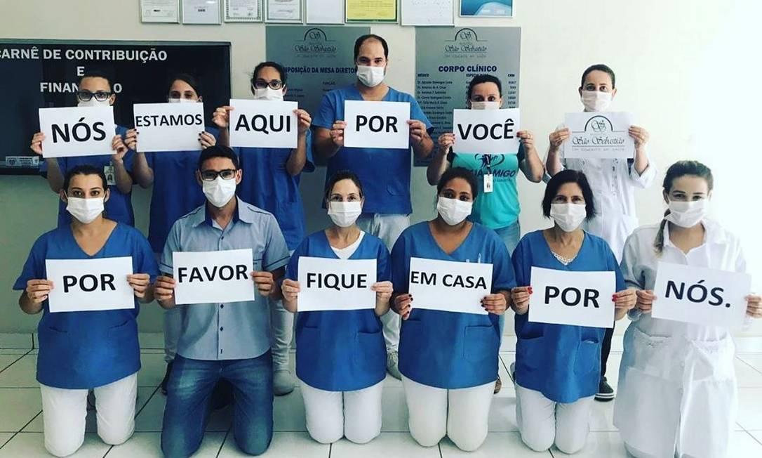 Profissionais do Hospital São Sebastião (Raul Soares, MG) Foto: Reprodução