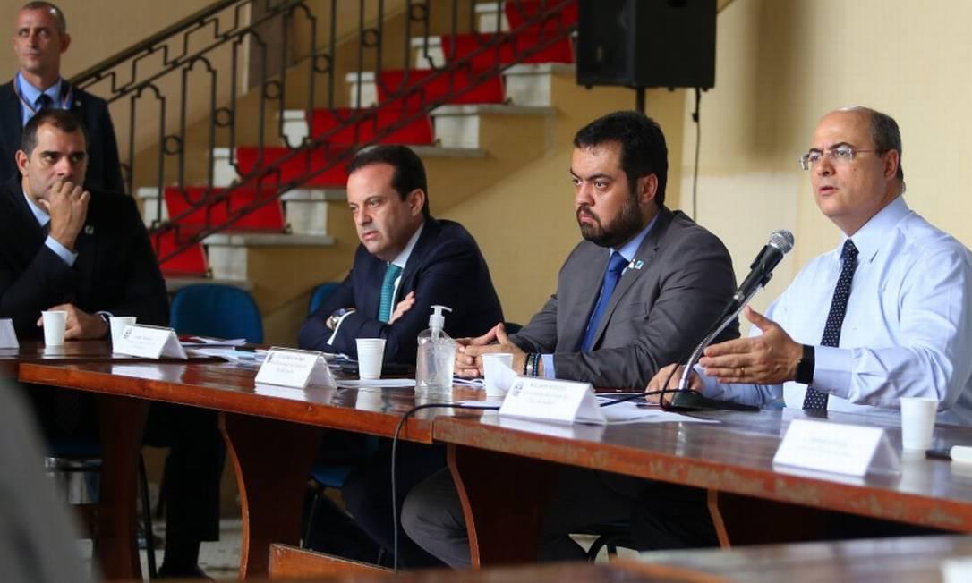 Governador em reunião com a bancada Federal Foto: Philippe Lima / Divulgação