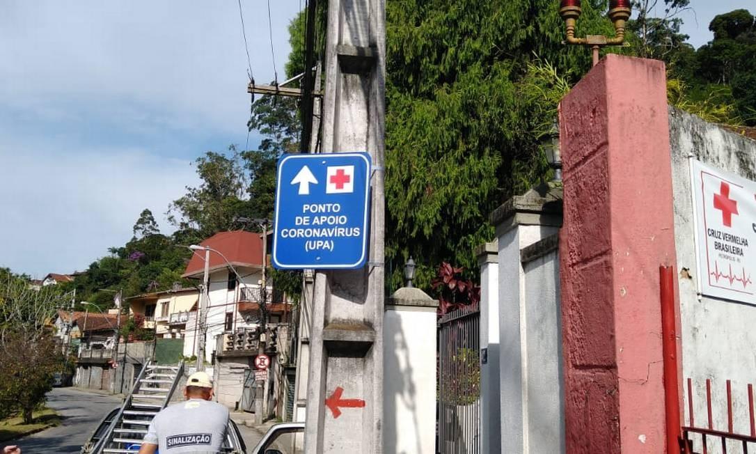 Prefeitura espalhou placas orientando população sobre pontos de apoio Foto: Divulgação
