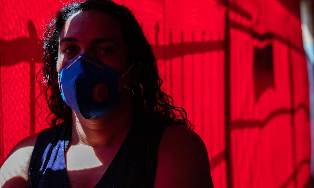 A funcionária da Blue Tech Isabel Orioli, 41 anos. Empresa de Caçapava (SP) deu férias coletivas Crédito: Roosevelt Cassio Foto: Roosevelt Cassio / .