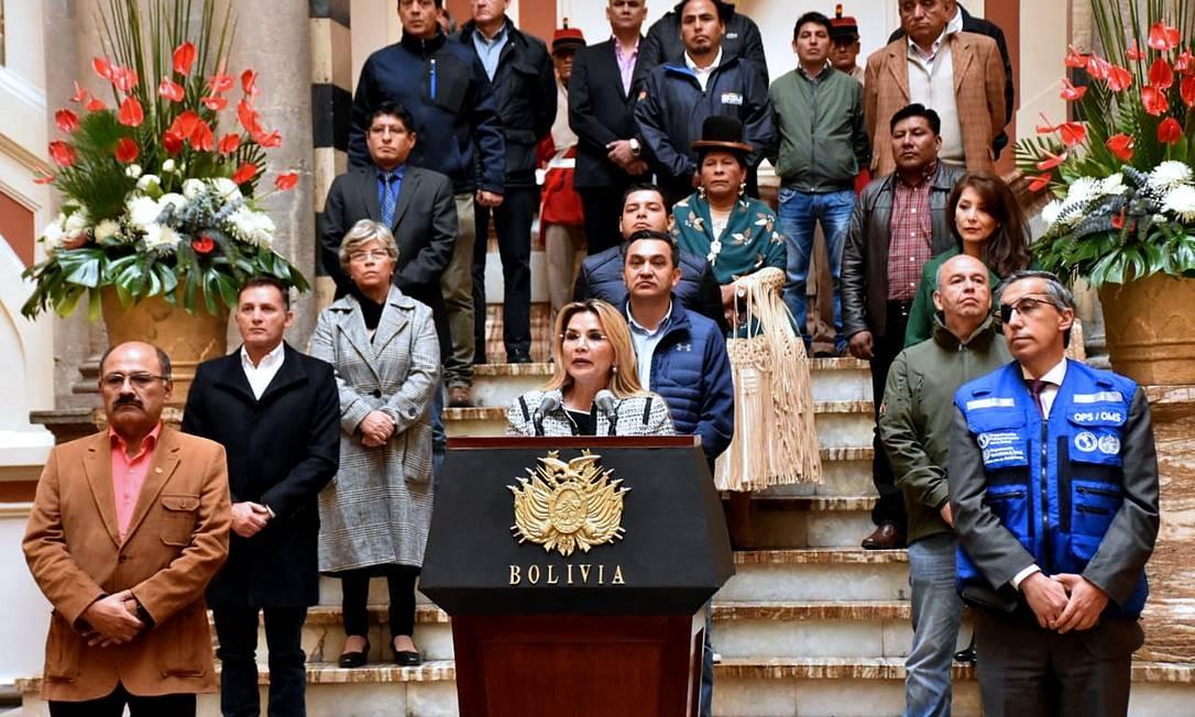 Presidente interina da Bolívia, Jeanine Áñez, anúncia quarentena de 14 dias no país Foto: - / AFP