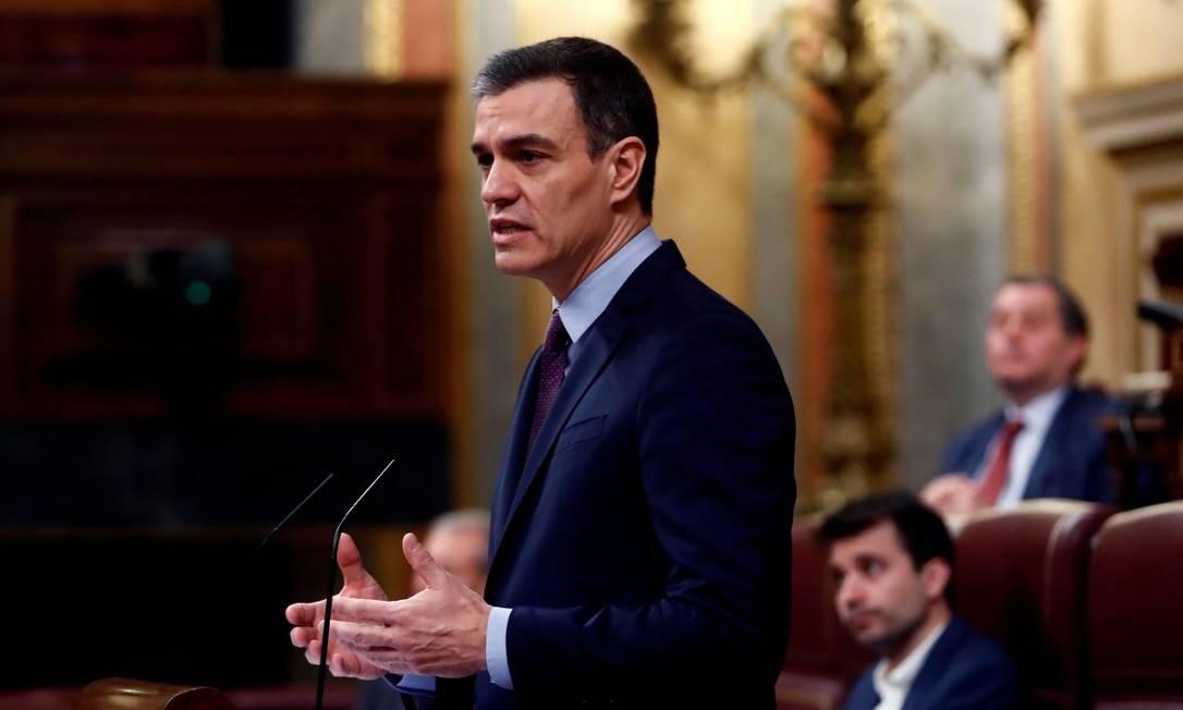 Pedro Sanchez no parlamento espanhol no dia 18 de março Foto: MARISCAL / AFP