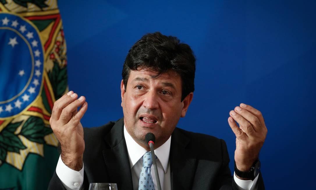 Ministro da Saúde, Luiz Henrique Mandetta se reuniiu domingo com prefeito para falar sobre as restrições durante a pandemia Foto: Pablo Jacob / Agência O Globo