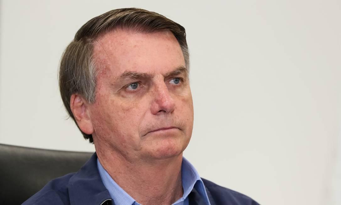 Após críticas, Bolsonaro diz que vai revogar MP de suspensão de trabalho Foto: Isac Nóbrega/PR