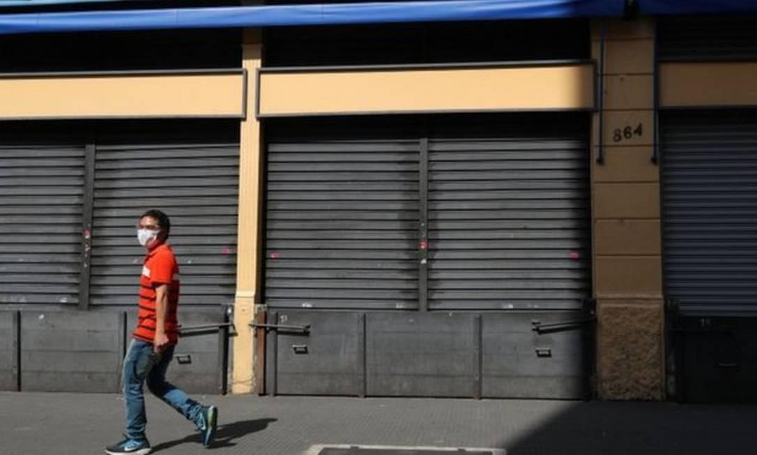 Fechamento de estabelecimentos comerciais 'não essenciais' já está em vigor na capital paulista Foto: Reuters