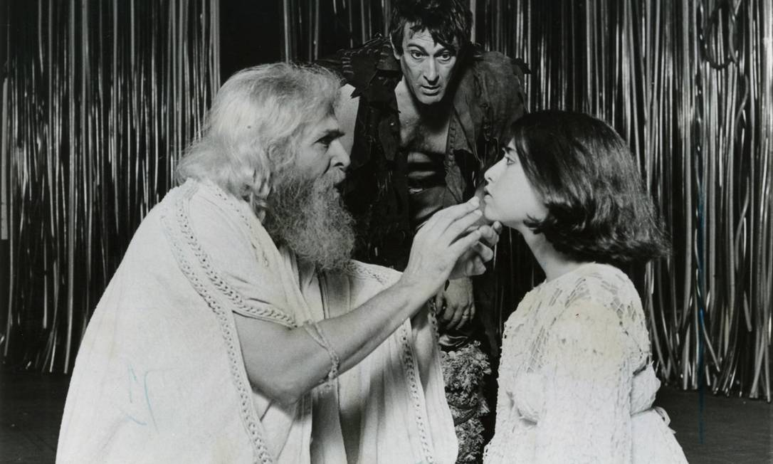 """Cena da peça """"O Rei Lear"""" com Sérgio Brito, Paulo Goulart e Fernanda Torres, em 1983 Foto: Arquivo"""