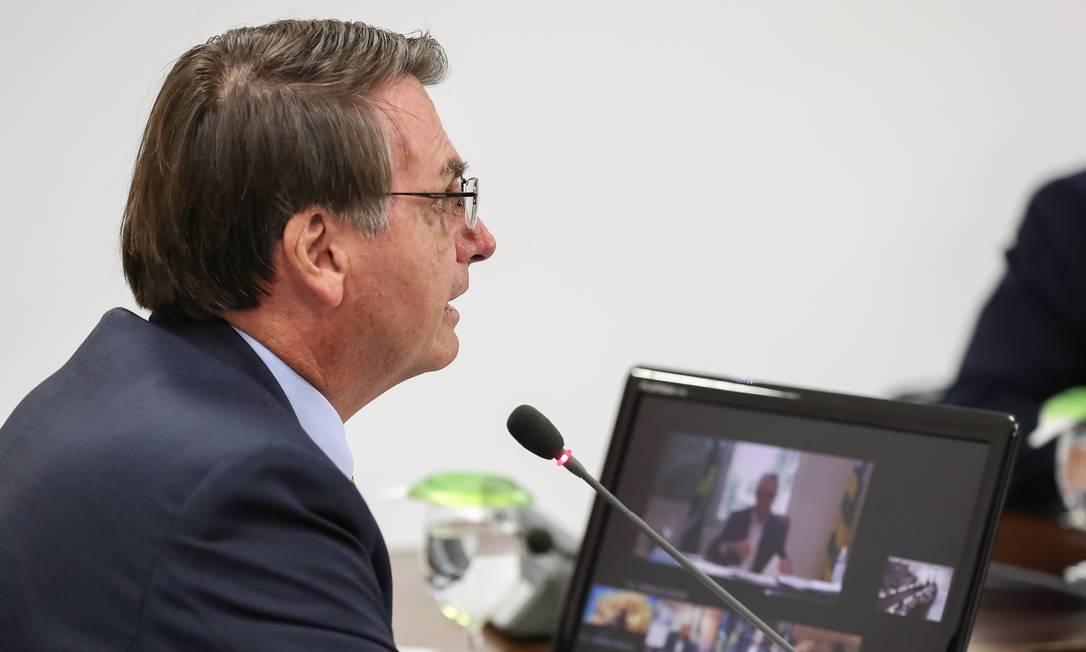 O presidente Jair Bolsonaro fez duas videoconferências com governadores do Sul e Centro-Oeste nesta terça-feira (24) para tratar das medidas de prevenção à Covid-19 Foto: Marcos Corrêa / PR