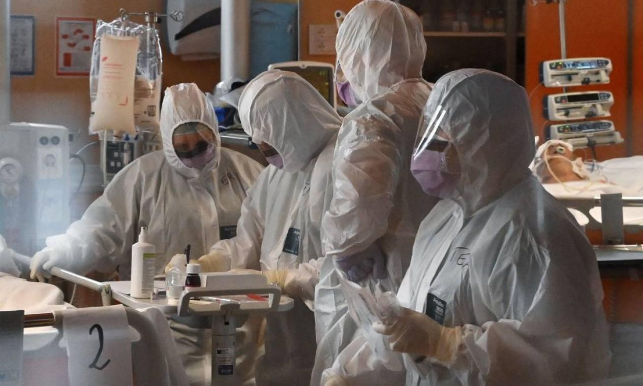 Itália é o país mais afetado do mundo pelo novo coronavírus, com 6 mil vítimas fatais Foto: ALBERTO PIZZOLI / AFP