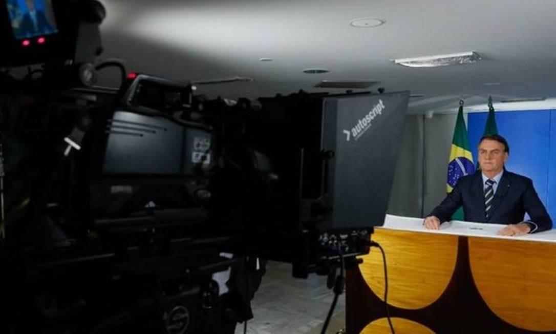 Bolsonaro grava pronunciamento sobre coronavírus Foto: Reprodução/Twitter