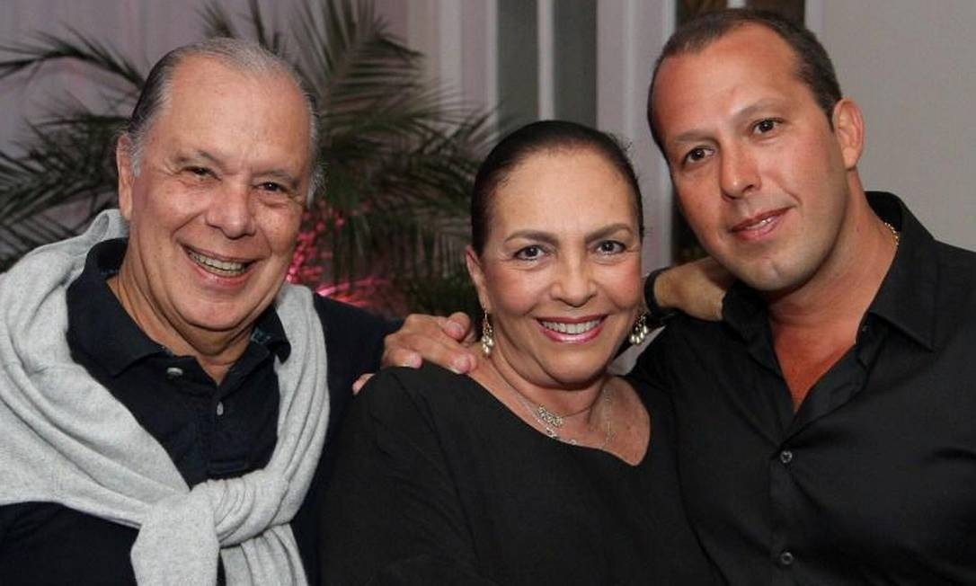 Paulo, Mirna e Christiano Foto: Álbum de família/Arquivo