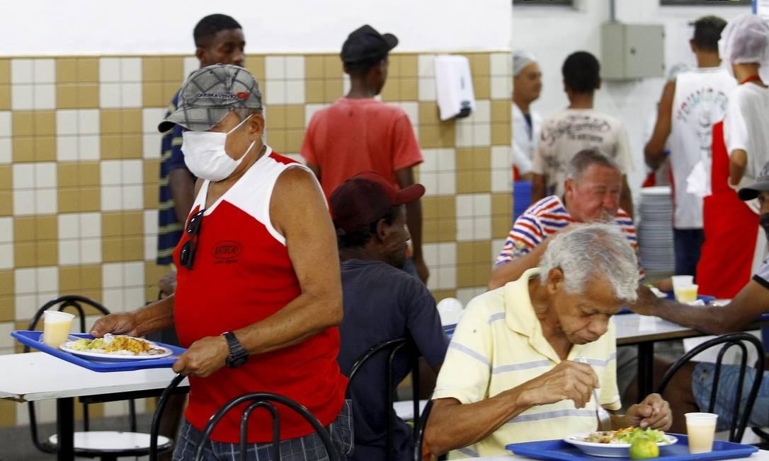 Restaurantes populares passam a servir jantar a partir desta quarta Foto: Guilherme Pinto / Agência O Globo