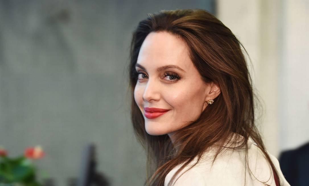 Angelina faz doação para garantir merenda escolar Foto: Michael Loccisano / Getty Images