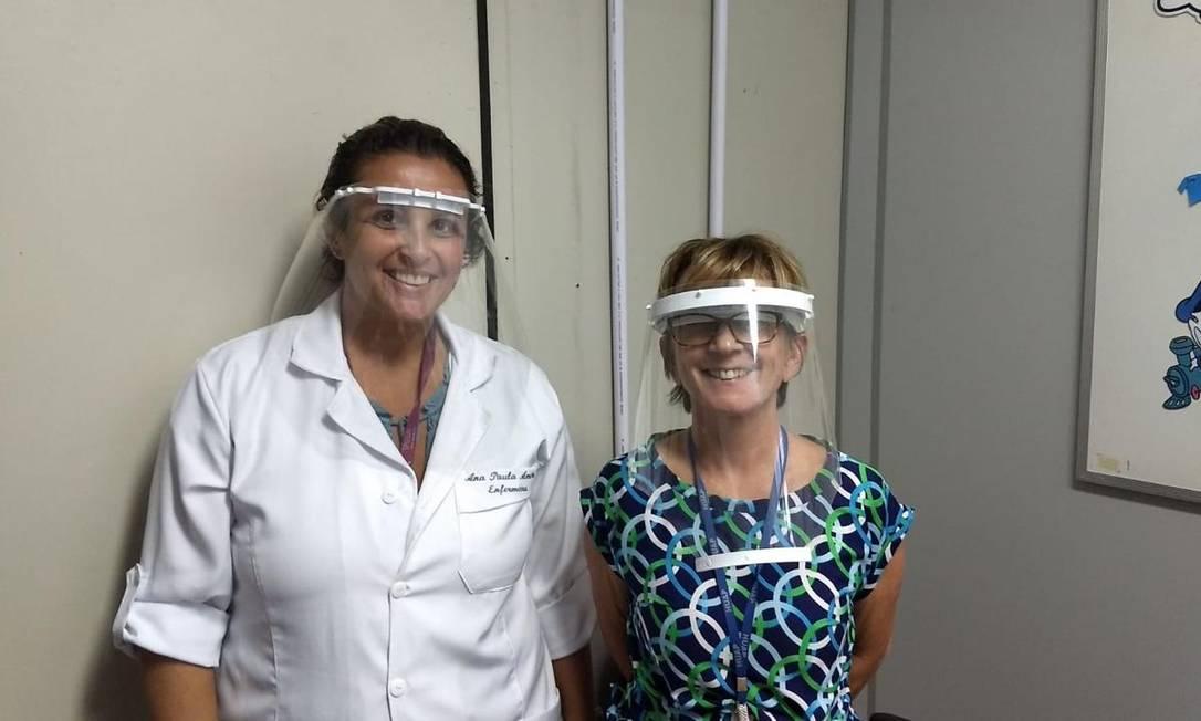 Profissionais de saúde no Hospital Antônio Pedro testam máscaras Foto: Arquivo pessoal
