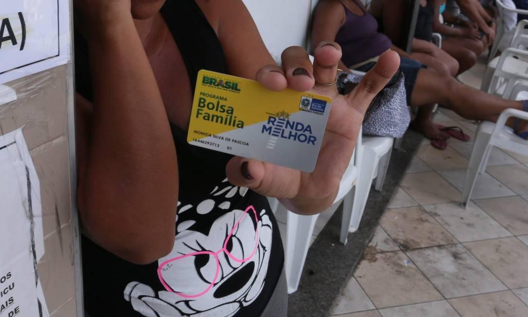 Estudo propõe reajuste do Bolsa Família para amenizar crise provocada pelo coronavírus Foto: Cléber Júnior / Agência O Globo