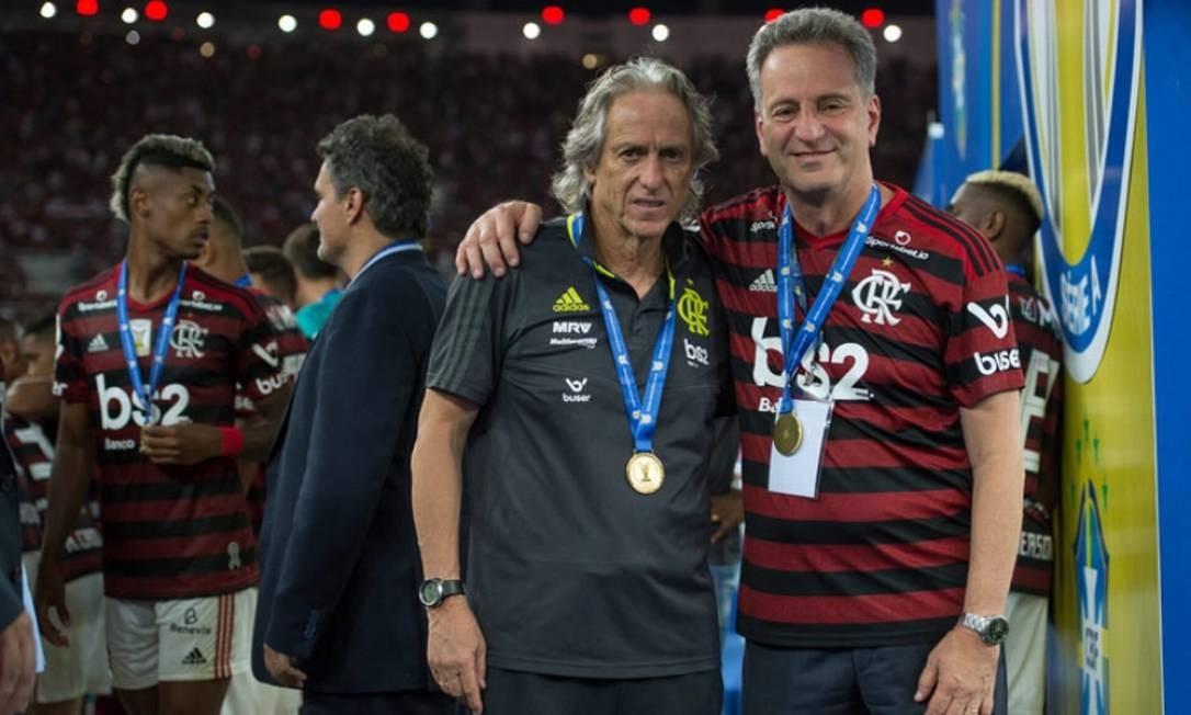 Jorge Jesus e Rodolfo Landim Foto: Alexandre Vidal/Flamengo