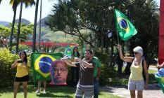 Manifestantes se encontraram em supermercado da Barra Foto: Pedro Teixeira / Agência O Globo
