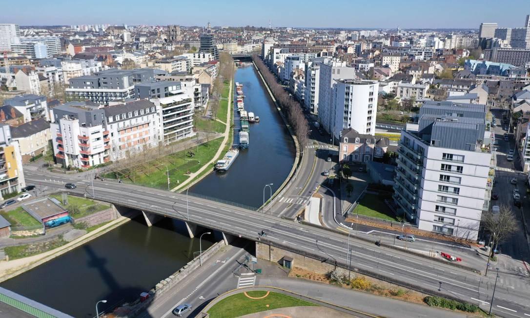 O Canal d'Ile-de France, no centro da cidade de Rennes Foto: DAMIEN MEYER / AFP