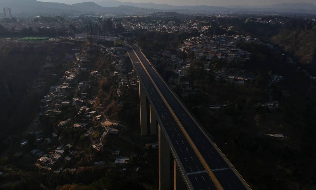 A ponte Incienso, na cidade da Guatemala Foto: CARLOS ALONZO / AFP