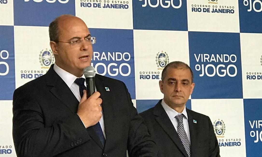 O governador Wilson Witzel realizou coletiva de imprensa na tarde desta segunda-feira para falar da prorrogação de decreto de quarentena para o estado do Rio Foto: Vera Araújo / Agência O Globo