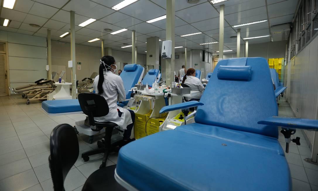Hemorio está com poucas doações de sangue em decorrência da Pandemia do Covid-19 Foto: Brenno Carvalho/Agência O Globo