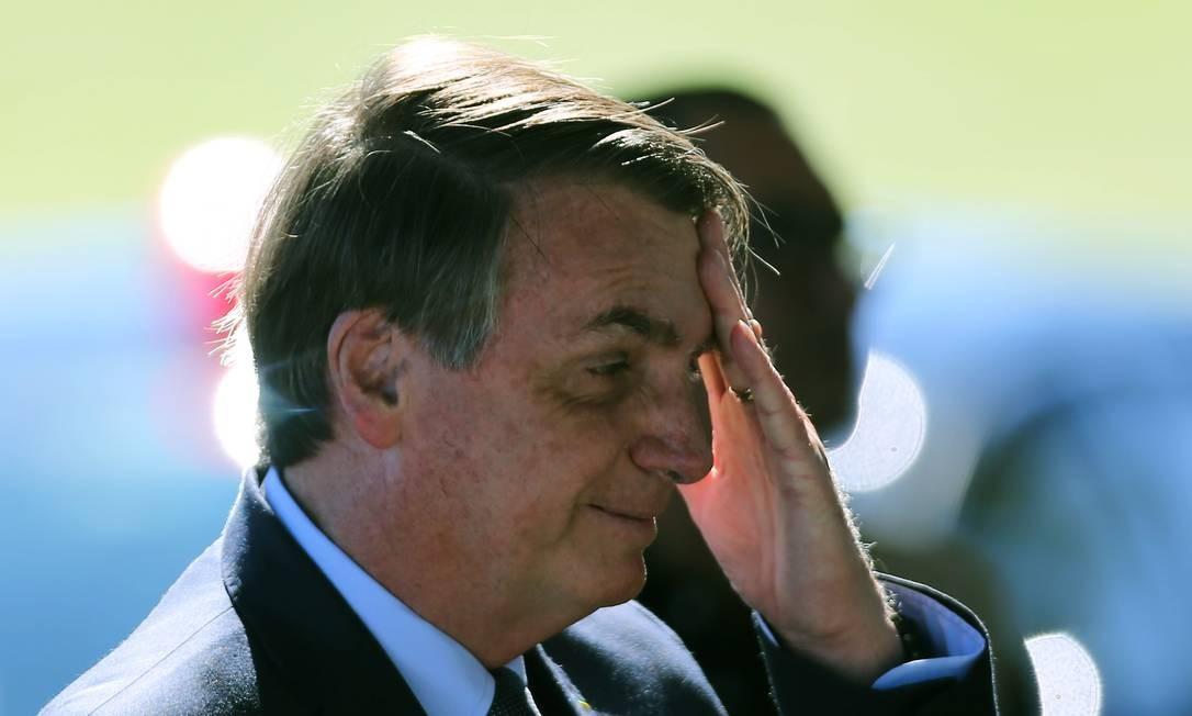 O presidente Jair Bolsonaro na saída do Palácio da Alvorada Foto: Jorge William/Agência O Globo