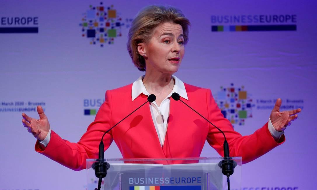 A presidente da Comissão Europeia, Ursula von der Leyen, discursa na conferência BusinessEurope, em Bruxelas, Bélgica Foto: Francois Lenoir / Reuters
