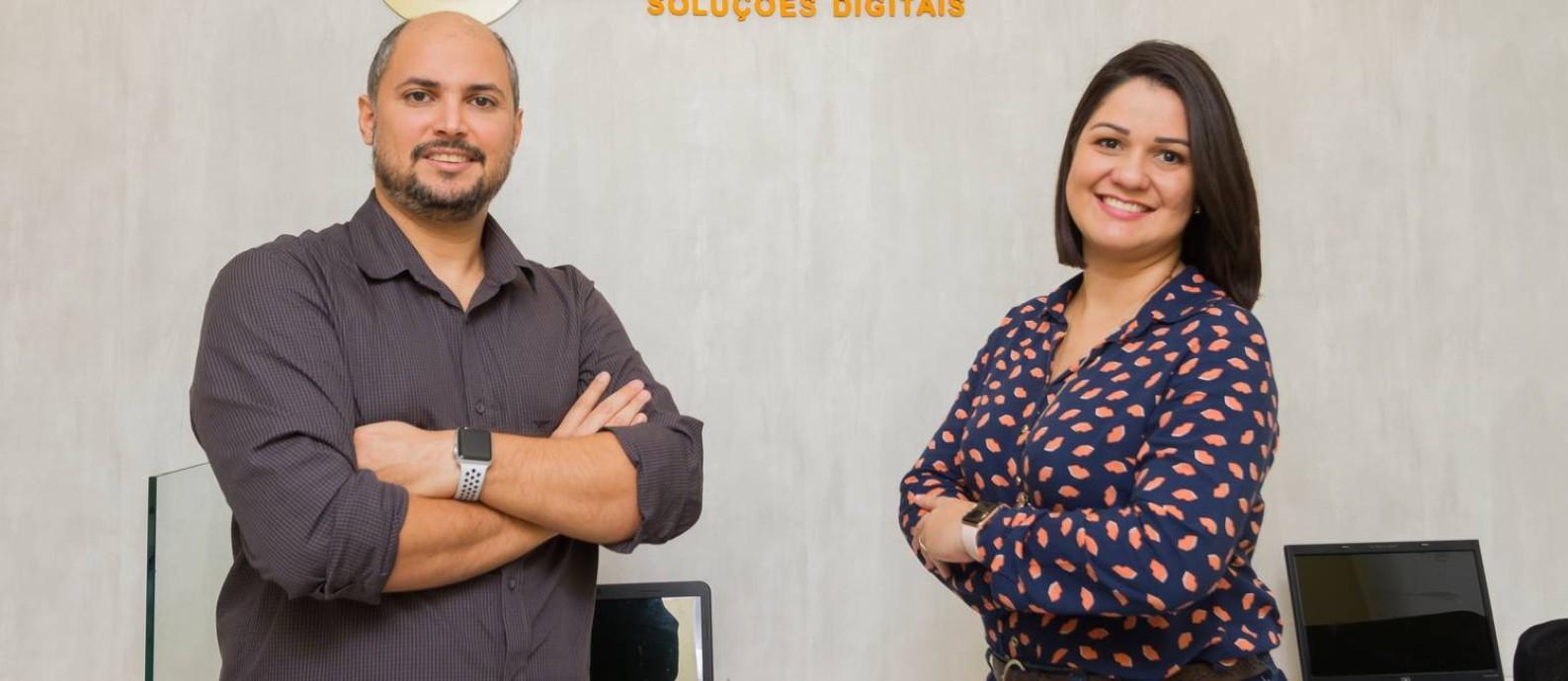 Leandro Muniz e Liliane Fiochi, da Bexus: vontade de ajudar outros pequenos empreendedores Foto: Divulgação/Adriana Moura