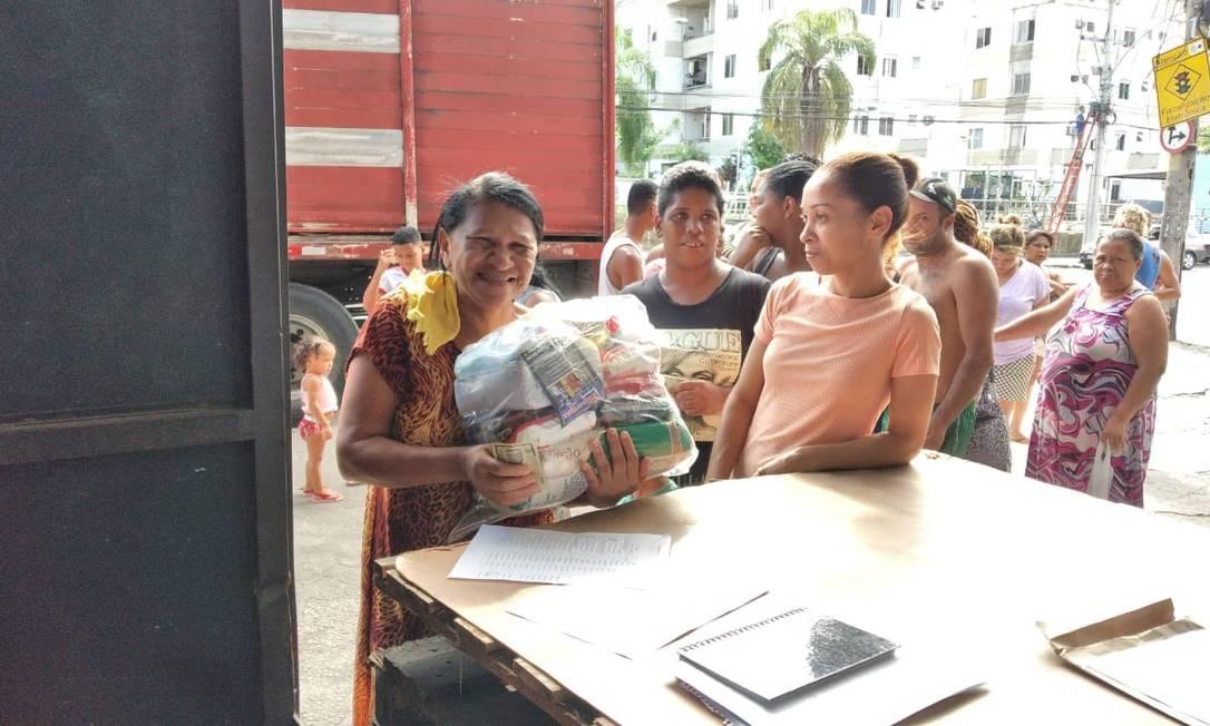 Iniciativas arrecadam doações para ajudar população em vulnerabilidade social Foto: Agência O Globo