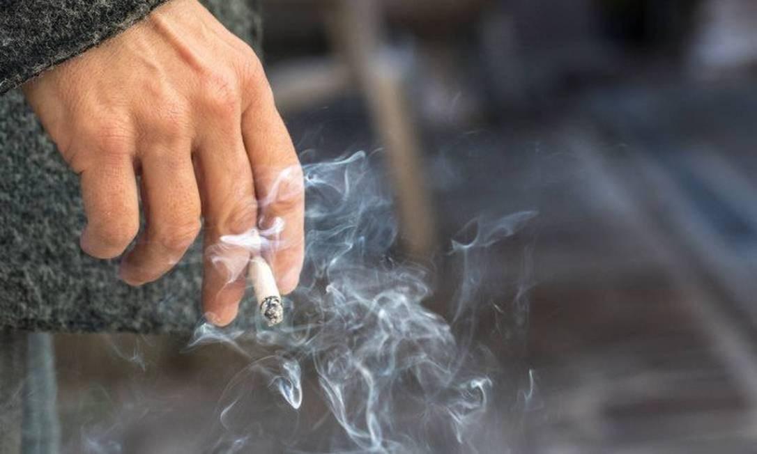 Cigarro está associado à maioria dos casos de câncer de pulmão Foto: Reprodução
