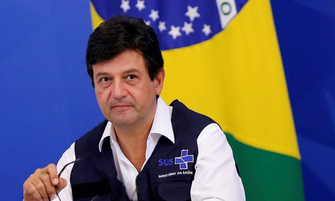 O ministro da Saúde, Luiz Henrique Mandetta, durante entrevista coletiva no Palácio do Planalto Foto: Adriano Machado/Reuters/07-04-2020