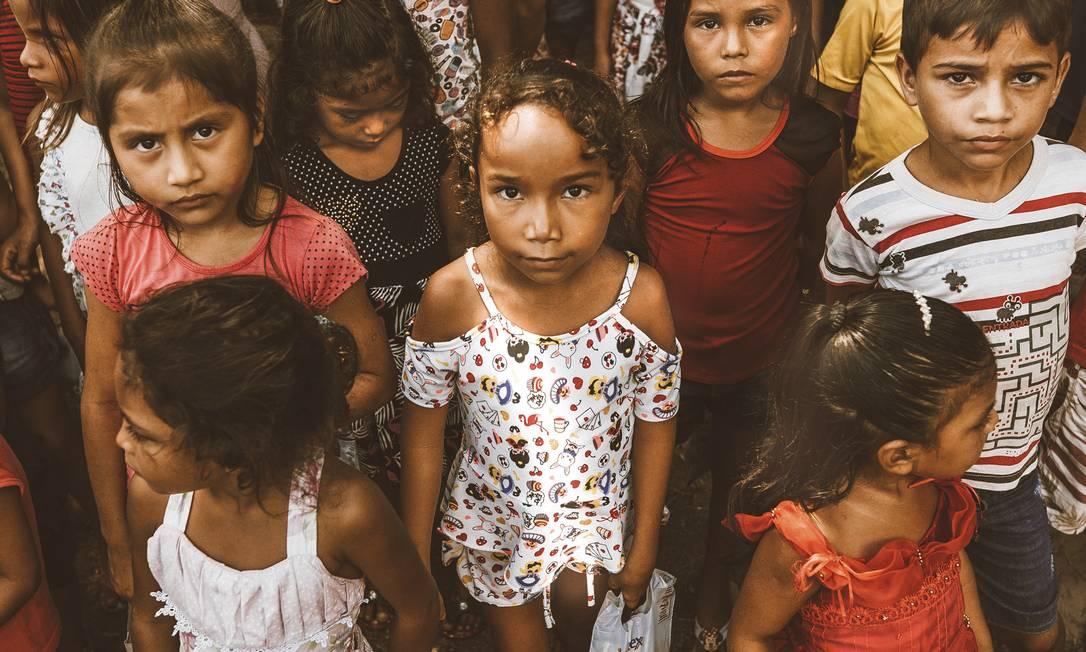 A menina Beatriz (no centro), protagonista do curta do paulistano Diego Imai Foto: Diego Imai / Divulgação