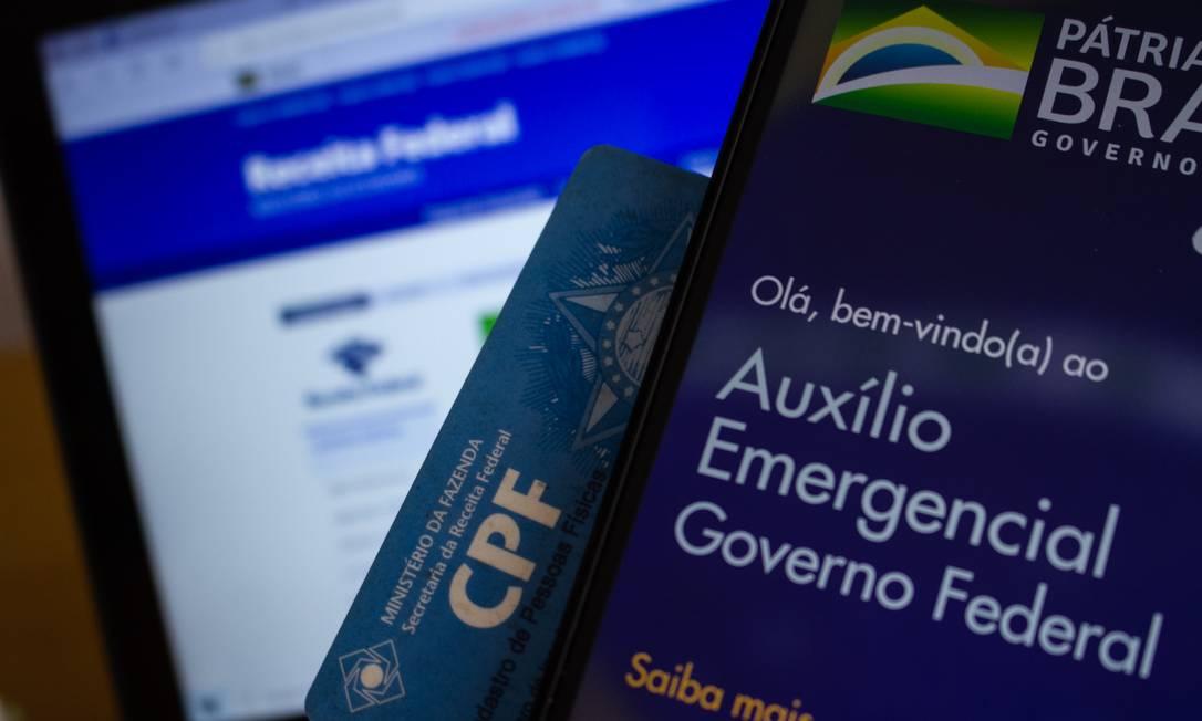 Para receber o auxílio emergencial de R$ 600, beneficiários precisam ter o CPF regularizado Foto: A7 Press / Agência O Globo