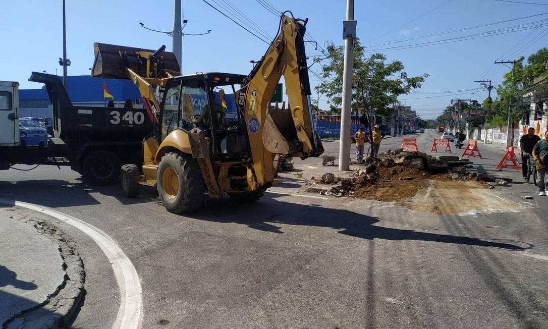 Agentes de prefeitura realizam intervenção na via Foto: Divulgação