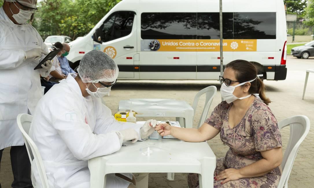 Brasil, 14º país em casos, faz 296 testes por milhão de habitantes Foto: Leo Martins / Agência O Globo