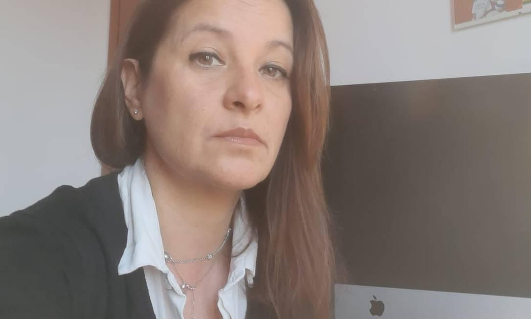 A brasileira Paula Laport Ribeiro, que mora na Itália e usou o computador para assinar uma procuração para o irmão Foto: Reprodução