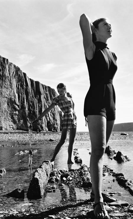 """Maiôs assinados por Claire McCardell , em 1946. Estilista é """"mãe do estilo americano"""" Foto: Genevieve Naylor / Corbis via Getty Images"""