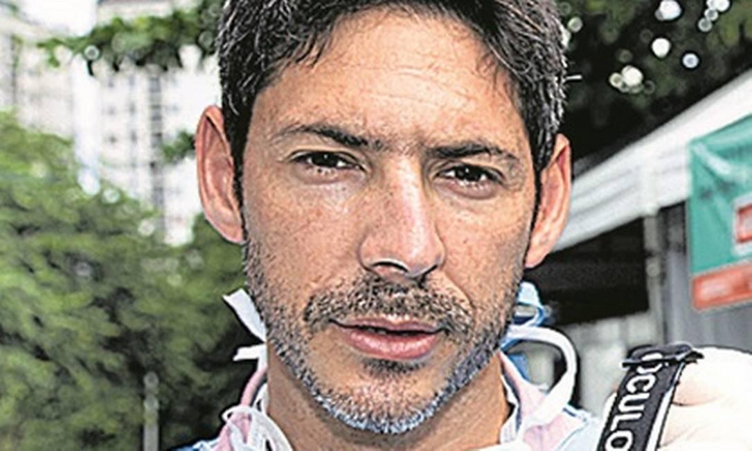 Alexandre Vergete, médico foi infectado Foto: Agência O Globo / Roberto Moreyra