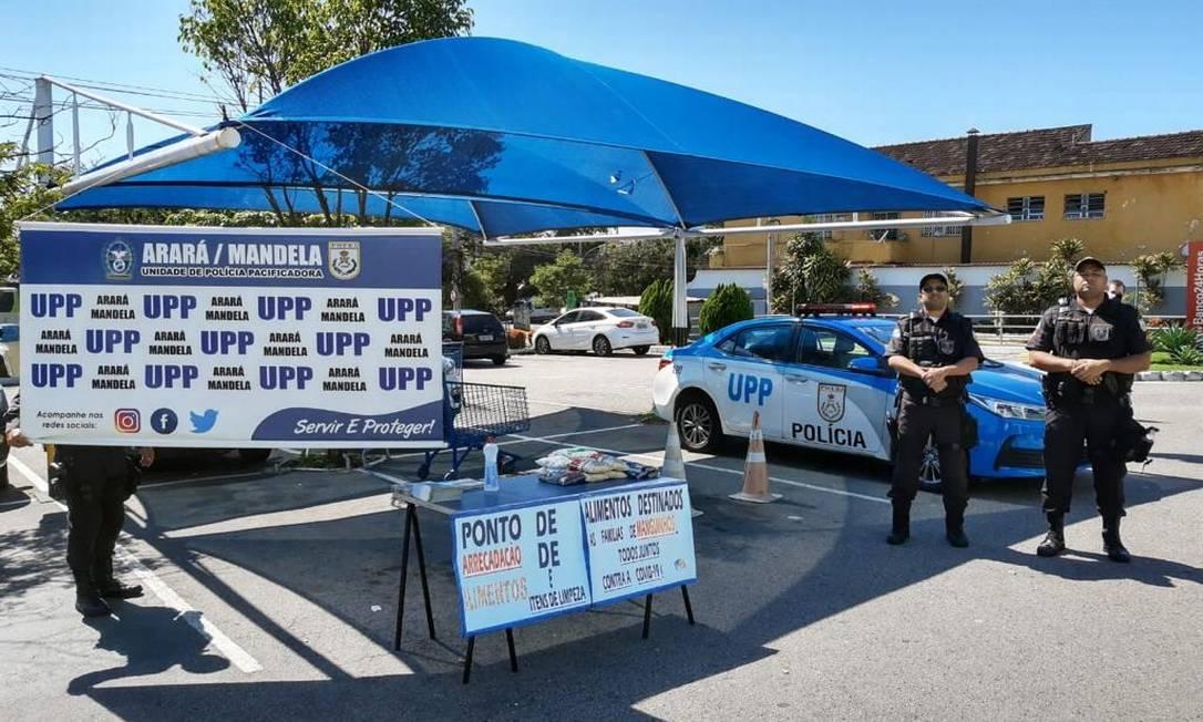 Policiais recebem doações em pontos de 28 favelas Foto: Divulgação