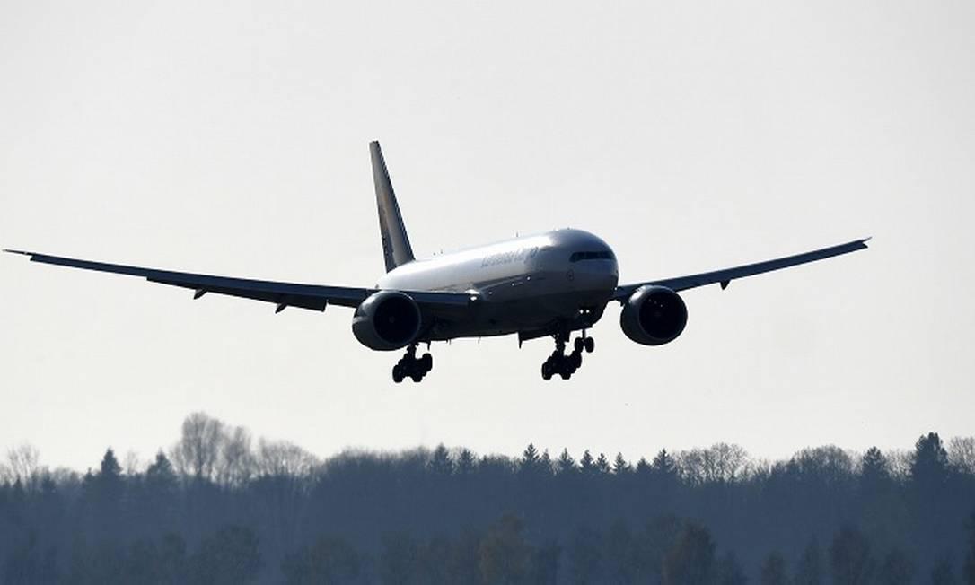 Aéreas dos EUA vivem pior crise da história com pandemia. Foto: CHRISTOF STACHE / AFP