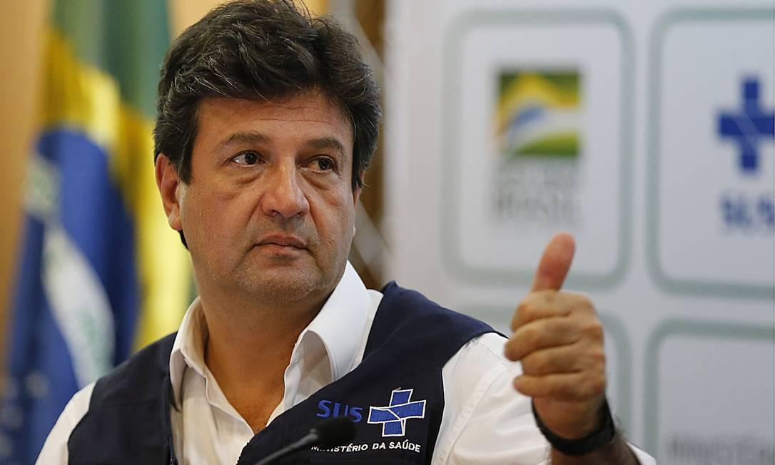 Desde janeiro, Mandetta também aumentou a popularidade nas redes sociais, onde ganhou quase 1 milhão de seguidores novos Foto: Jorge William / Agência O Globo