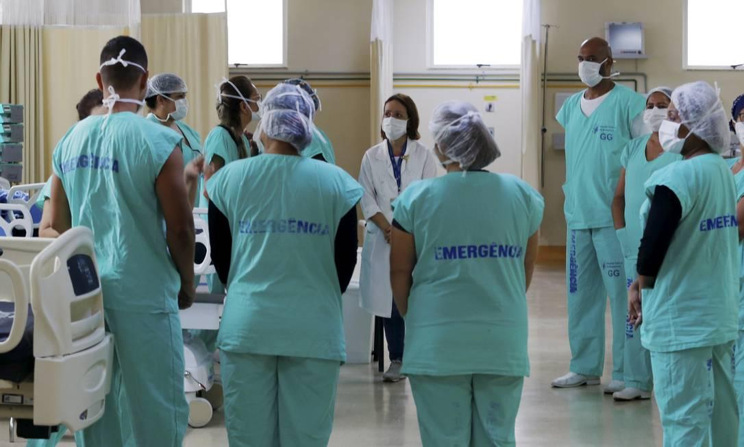 Profissionais do Hospital Federal de Bonsucesso, na Zona Norte, durante reunião sobre Covid-19 (Arquivo) Foto: Fabiano Rocha / Agência O Globo