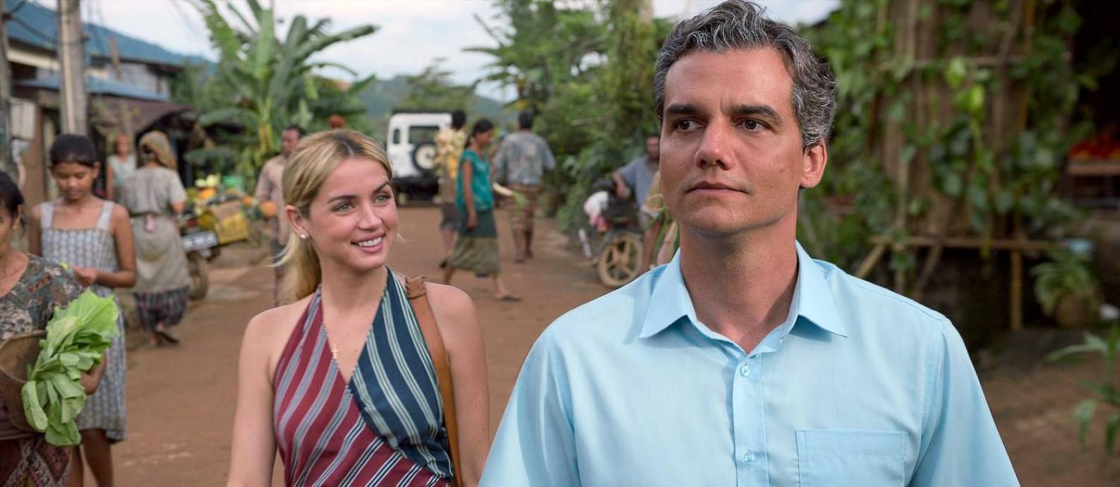 A cubana Ana de Armas e o brasileiro Wagner Moura em 'Sergio', que estreia na Netflix nesta sexta-feira Foto: Netflix