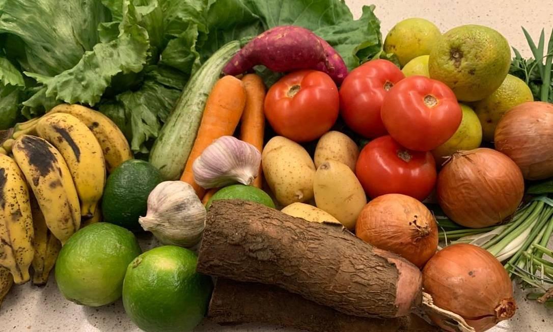 A cesta de alimentos da Jaeé Market vem direto do campo com frutas, legumes e verduras Foto: Divulgação