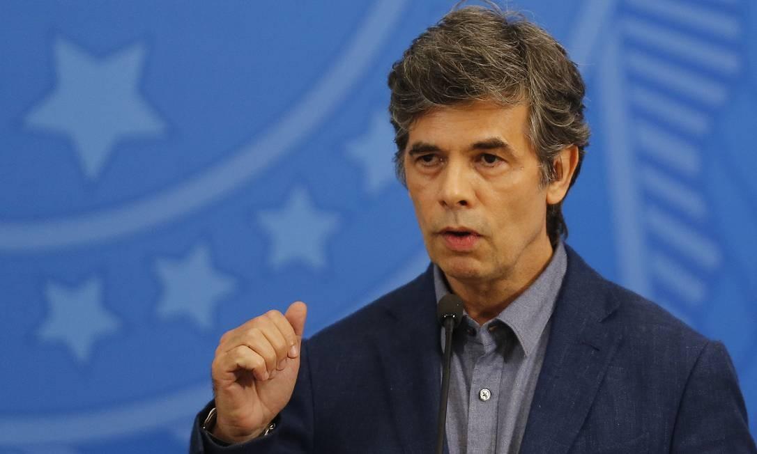 O novo ministro da Saúde, Nelson Teich Foto: Jorge William / Agência O Globo