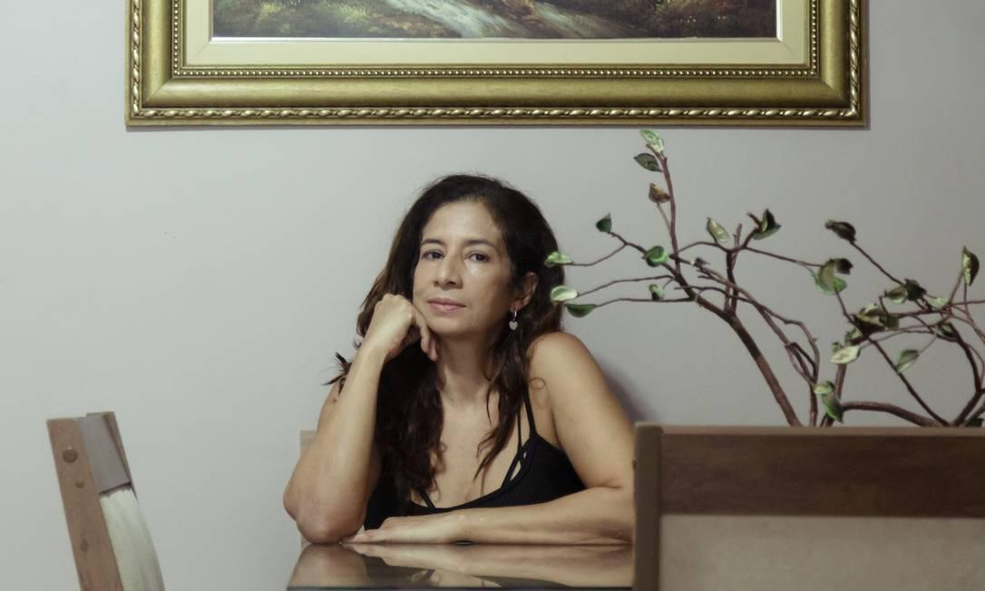 Portadora de lúpus, Rosangela Coelho Salles ficou 28 dias sem remédio Foto: Leo Martins / Agência O Globo