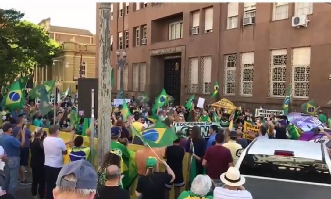 Protesto em prol de Bolsonaro, em Porto Alegre Foto: Reprodução