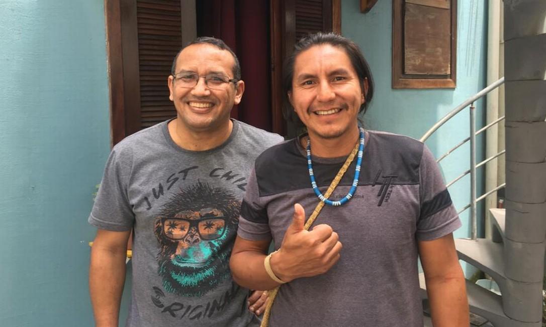 O coordenador-geral de índios isolados da Funai, Ricardo Lopes Dias, e o indígena matsé Jaime Mayoruna, indicado por ele como novo chefe da Frente de Proteção no Vale do Javari (AM) Foto: Divulgação