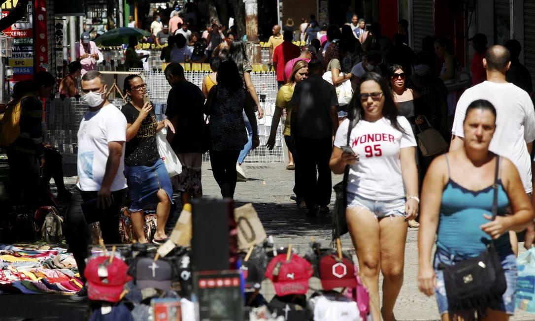 Movimentação tem sido grande em Campo Grande desde o início da pandemia, mesmo com recomendações para que as pessoas não saiam de casa Foto: Fabiano Rocha em 14 de abril 2020 / Agência O Globo
